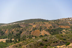 Colinas cerca de la presa de Kalavasos, Chipre Foto de archivo libre de regalías