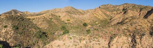 Colinas del desierto en California meridional Fotos de archivo libres de regalías