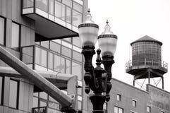 Colisão de construções velhas e novas no distrito da pérola, Portland Foto de Stock Royalty Free