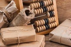 Colis et abaque de pile Photographie stock
