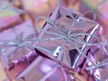 Colis minuscule de Noël photos libres de droits