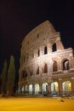 Coliseu romano na noite Foto de Stock Royalty Free