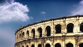 Coliseum i Rome med moln för tidschackningsperiod, materiellängd i fot räknat lager videofilmer