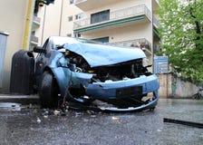 Colisión de frente del accidente de tráfico Imágenes de archivo libres de regalías