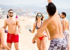 Collègues à une partie de plage Photos libres de droits