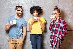 Collègues ayant une pause-café Images stock