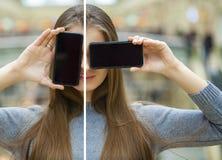collage As jovens mulheres cobrem seu telefone esperto da tela da cara fotografia de stock royalty free