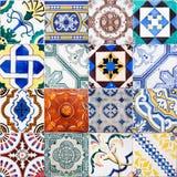 Collage av antikvitettegelplattor från Lissabon Arkivfoton