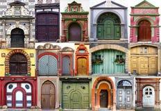 Collage av de forntida unika dörrarna. Arkivfoton