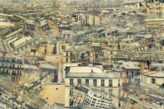 Collage av foto av de parisiska taken royaltyfri foto