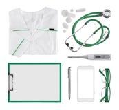 Collage av moderna doktorsläkarundersökningobjekt som isoleras på vit bakgrund royaltyfri fotografi