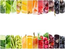 Collage av nya frukter och grönsaker arkivfoton