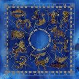 Collage avec des constellations d'american national standard de symboles de zodiaque de bleu et d'or Photo stock