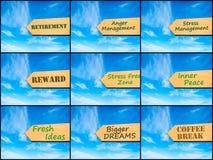 Collage de la foto de imágenes con la flecha sobre el cielo azul stock de ilustración