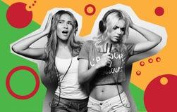 Collage de la moda del arte - muchachas de la belleza con un micrófono que cantan y que bailan Foto de archivo libre de regalías