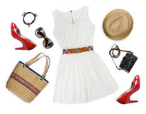 Collage de la ropa turística y de los accesorios aislados en blanco Foto de archivo libre de regalías