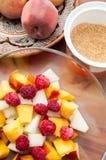 Collage de las ensaladas de fruta imagenes de archivo