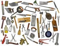 Collage de los utensilios de la cocina del vintage sobre blanco foto de archivo