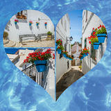Collage de Mijas avec des pots de fleur dans les façades Village blanc andalou Costa del Sol Image libre de droits