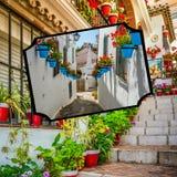 Collage de Mijas avec des pots de fleur dans les façades Village blanc andalou Costa del Sol Photos stock