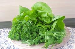 Collage de vert et de salade de jus Photo stock