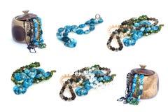 Collage dei contenitori di gioielli e di collana isolato su fondo bianco Fotografia Stock
