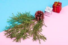 Collage del Año Nuevo y de la Navidad en fondo en colores pastel Fotografía de archivo