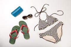 Collage dell'abbigliamento e degli accessori della donna isolati su bianco Fotografia Stock Libera da Diritti