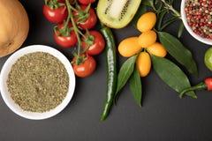 Collage della foto con la frutta e le verdure fotografia stock