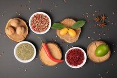 Collage della foto con la varie frutta e verdure fotografia stock