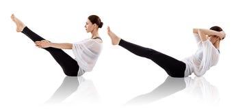 Collage der jungen Frau Yogaübung tuend Stockfoto