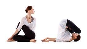 Collage der jungen Frau Yogaübung tuend Stockfotografie