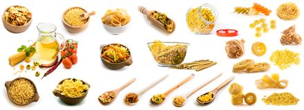 Collage des photos de différentes formes des pâtes dans un grand choix de plats photos stock