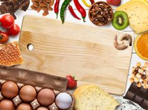 Collage di alimento allergico su fondo di legno bianco, vista superiore Fotografia Stock Libera da Diritti