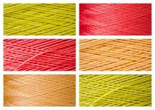 Collage från slut ups av syntetiska färgrika trådar arkivfoto
