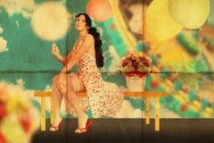 Collage mit junger Frau der Schönheit, Weinlese Stockfotografie