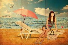Collage mit junger Frau der Schönheit, Weinlese Stockfotos