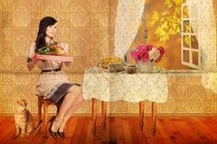 Collage mit junger Frau der Schönheit, Weinlese Stockfoto