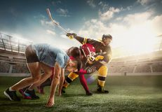Collage multi de sports au sujet de hockey sur glace, course, joueurs de football américain au stade images stock