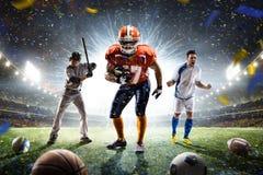 Collage orgulloso de los jugadores de los deportes multi en arena magnífica fotos de archivo