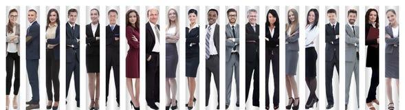 Collage panorámico de los grupos de empleados acertados fotos de archivo