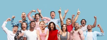 Collage van het winnende van succes gelukkige mannen en vrouwen vieren die een winnaar zijn royalty-vrije stock afbeelding