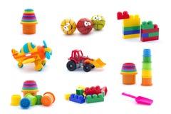 Collage van plastic die speelgoed voor baby op witte achtergrond wordt geïsoleerd royalty-vrije stock fotografie