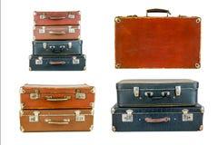 Collage van retro reiskoffers op wit wordt geïsoleerd dat Stock Afbeeldingen
