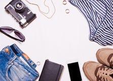 Collage van women& x27; s, men& x27; s toebehoren, kleding Stock Foto