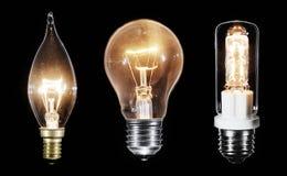 Collage von 3 Edison-Lampen, die über Schwarzes glühen Stockfoto