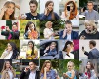 Collagefolk som stannar till telefonen arkivfoto