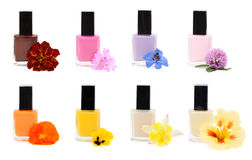 Collagen-Nagellack mit Blume Stockfotos
