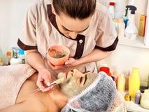Collagenframsidamaskering Hälsa och skönhet tippar för kvinnor 50 plus royaltyfri fotografi