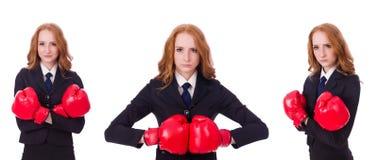 Collaget av kvinnaaffärskvinnan med boxninghandskar på vit Arkivbild